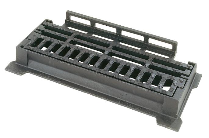 bouches d 39 gout et grilles en fonte pour bordures selecta. Black Bedroom Furniture Sets. Home Design Ideas